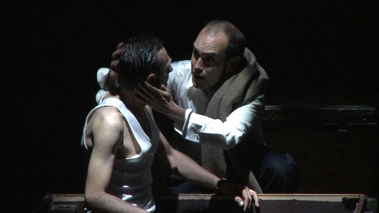 El Teatre de Lloret acull aquest dissabte 27 de febrer l'obra 'Ligeros de Equipaje. Crónica de la retirada' de Producciones Viridiana