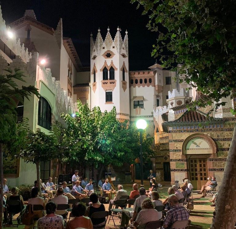 Inici de la 94a temporada de sardanes d'estiu a Lloret de Mar