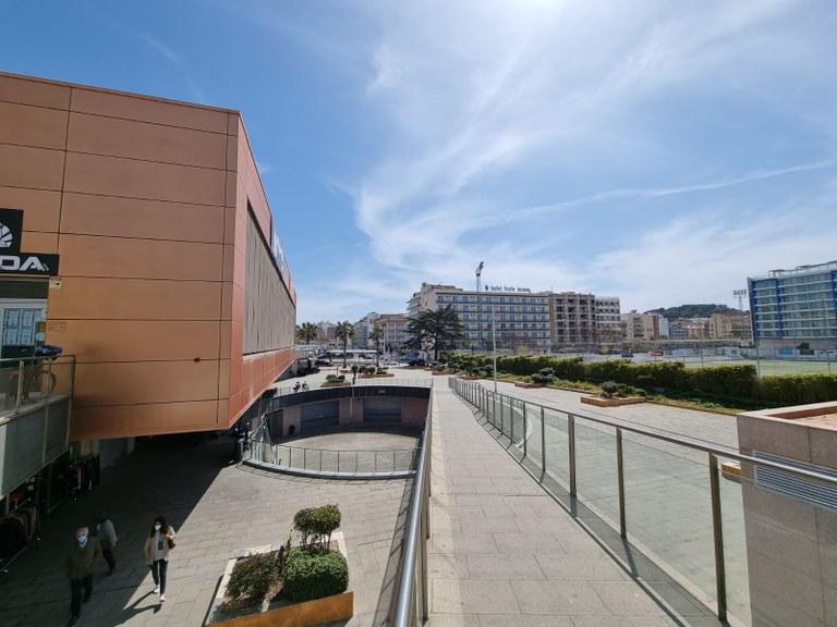 L'Ajuntament de Lloret de Mar guanya el contenciós administratiu pels treballs de reparació de la plaça de Madona Sicardis Montsoriu