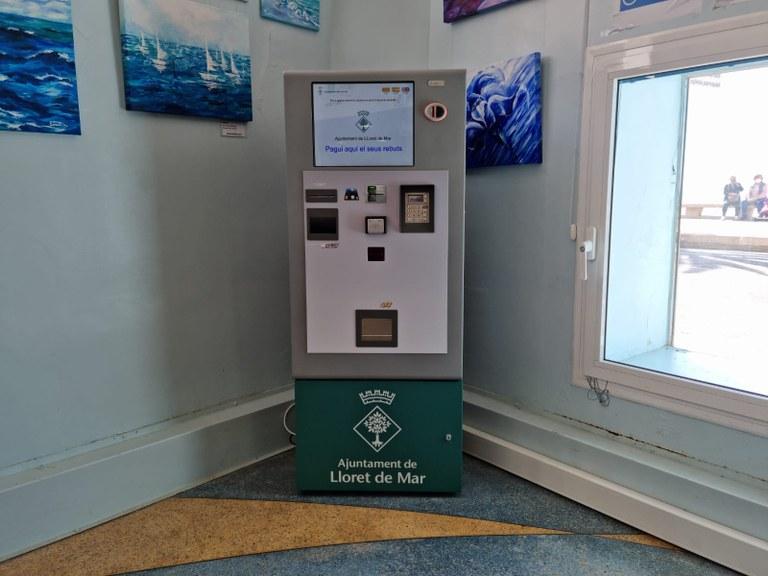 L'Ajuntament de Lloret de Mar instal·la un caixer automàtic per pagar els tributs municipals