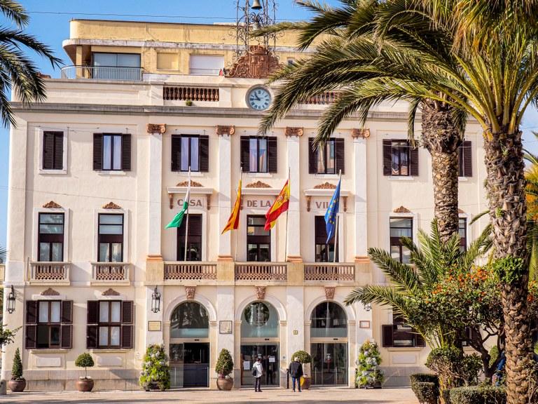 L'Ajuntament de Lloret de Mar permet substituir multes i sancions als joves en benefici de la comunitat