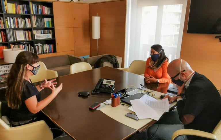 L'Ajuntament de Lloret de Mar signa un nou conveni de col·laboració amb l'associació Pas a Pas cap a la Inclusió de les Persones amb Autisme