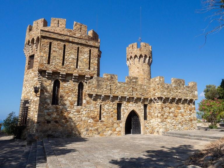 L'Ajuntament de Lloret de Mar torna a organitzar les visites guiades al Castell d'en Plaja després de l'èxit de l'anterior convocatòria