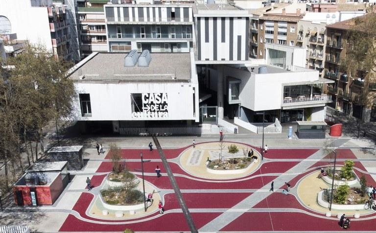 La campanya de vacunació contra la Covid-19 a la població general a Lloret de Mar s'ampliarà  amb espais de la Biblioteca Municipal