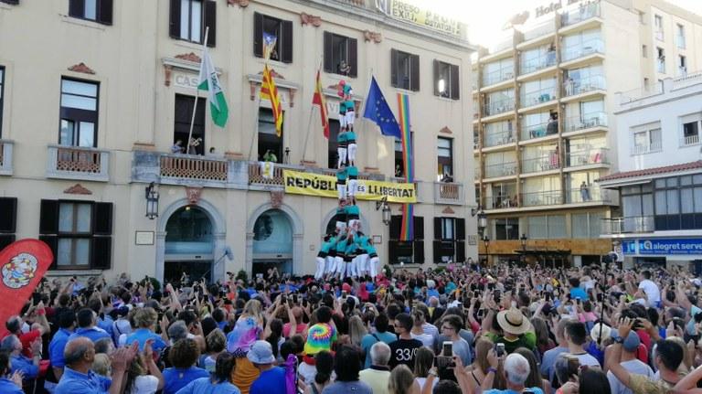 Lloret de Mar celebra la Diada Castellera amb la participació dels Maduixots: Castellers de l'Alt Maresme, Els Marrecs de Salt i Els Castellers de Vilafranca