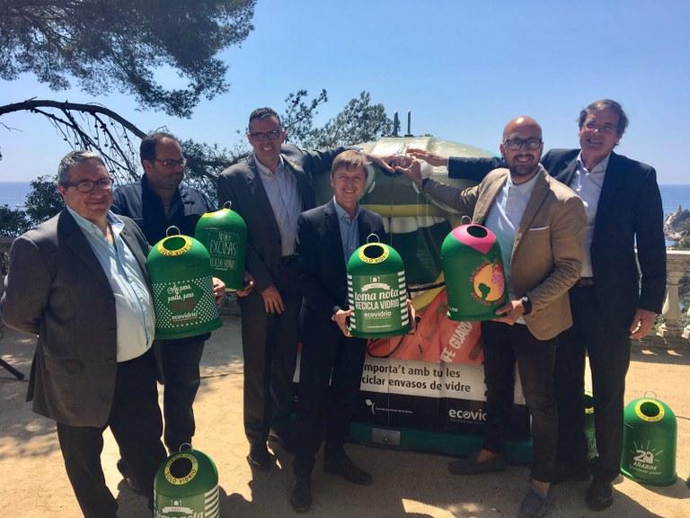 Lloret de Mar, juntament amb Tossa de Mar i Blanes s'adhereixen al pla integral d'Ecovidrio per incrementar el reciclatge de vidre durant l'estiu