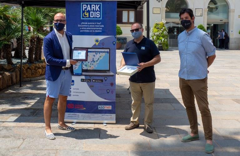 Lloret de Mar incorpora a una aplicació per ajudar les persones amb mobilitat reduïda a trobar places reservades d'estacionament municipal