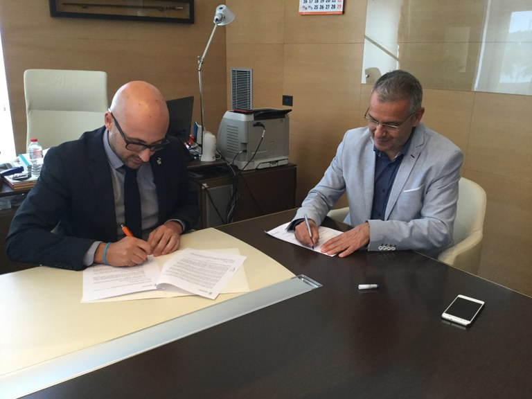 Lloret i Palafrugell signen un conveni per al tractament de residus