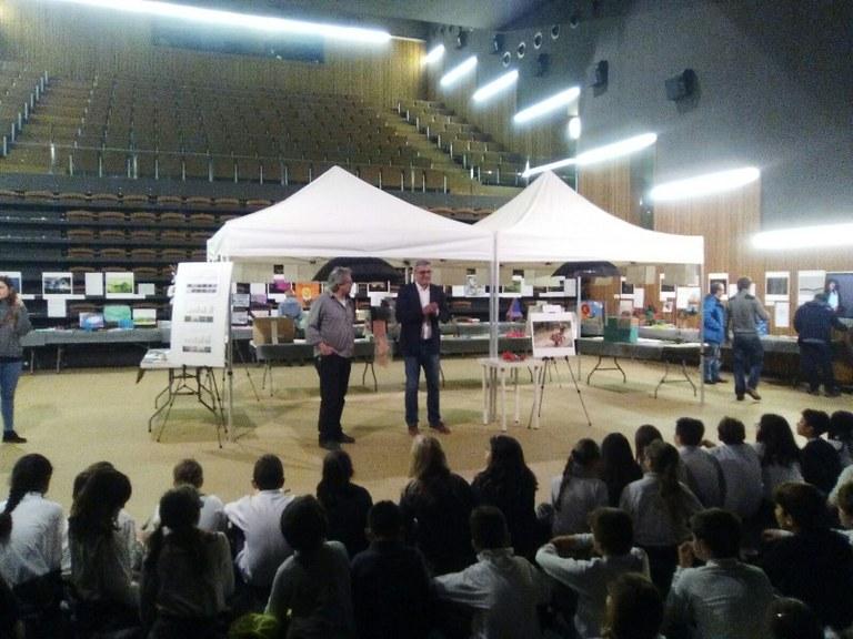 """Lloret inaugura l'exposició """"Imatges que inspiren"""" al Teatre de Lloret"""