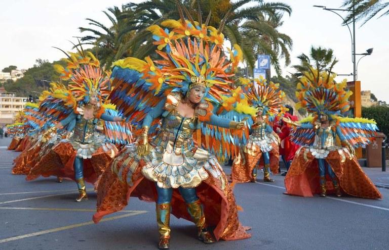 Milers d'espectadors i més de 1700 participants a la Rua del Carnaval de Lloret