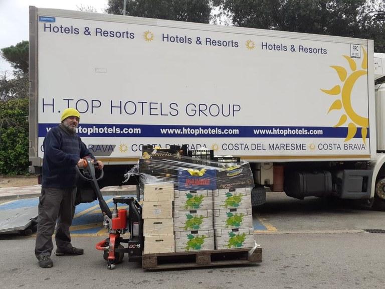 Una cadena hotelera dona productes frescos al Centre de Distribució d'Aliments del municipi