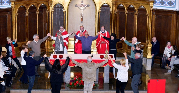 Missa Solemne a l'església parroquial concelebrada en honor de Sant Romà màrtir.