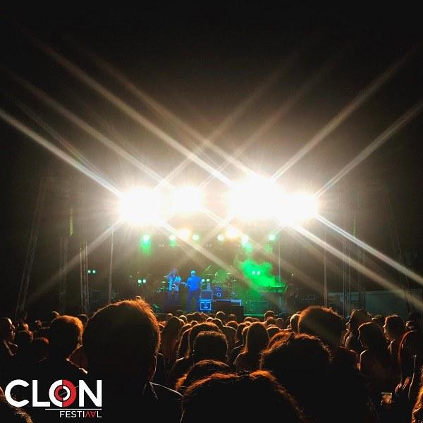 Clon Festival. Actuació de U2Please, banda tribut a U2