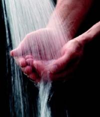 manos y agua